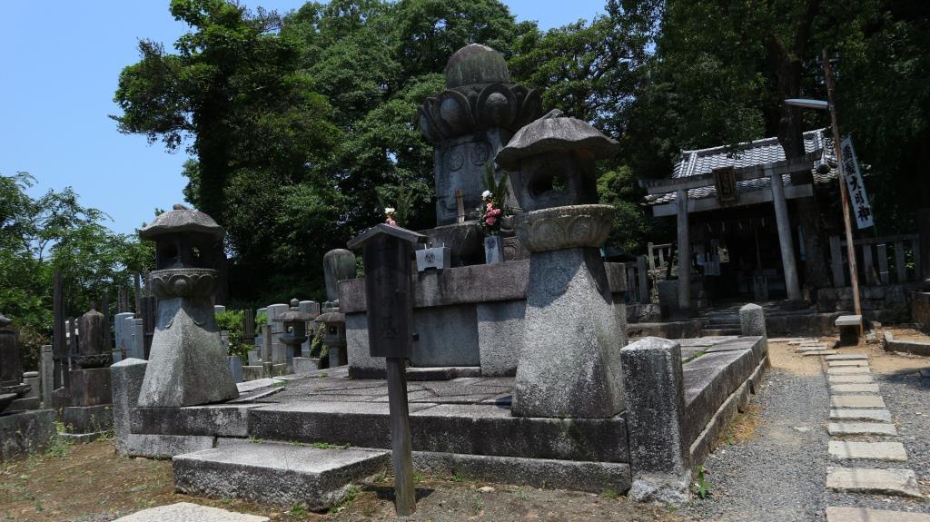 知恩院 千姫さまのお墓