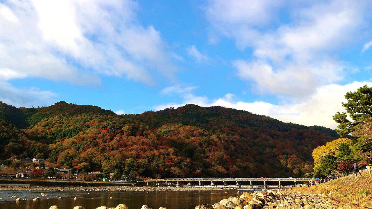 嵐山のシンボル 渡月橋